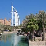 Burdż al-Arab otwarte dla zwiedzających. Hotel w Dubaju oferuje wycieczki z przewodnikiem