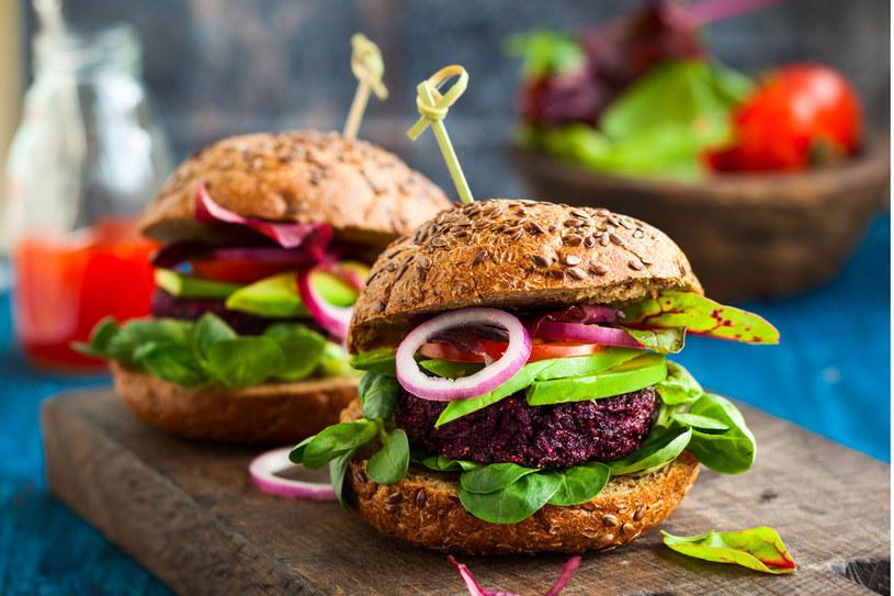 Burgery mięsno-warzywne /123RF/PICSEL