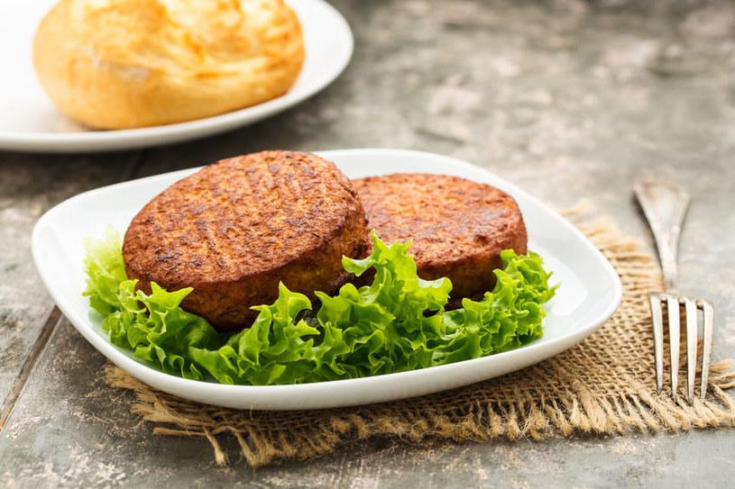 Burgery wegańskie /©123RF/PICSEL