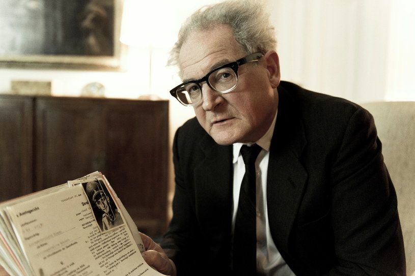 """Burghart Klaußner wciela się w tytułową rolę w filmie """"Fritz Bauer kontra państwo"""" /materiały prasowe"""