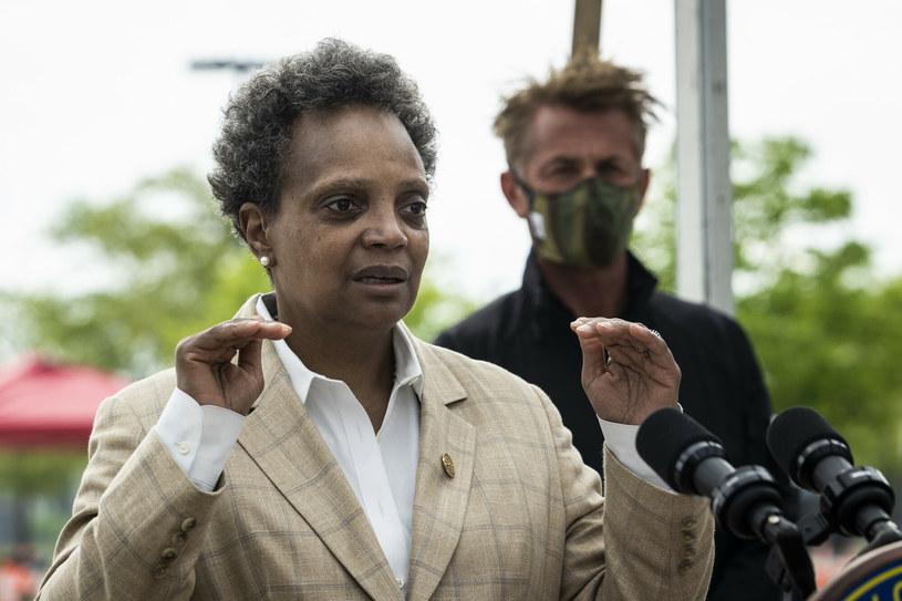 """Burmistrz Chicago do mediów: """"Zatrudnijcie reporterów innych ras, a w szczególności kobiety innych ras"""" /Chicago Sun-Times/Associated Press/East News /East News"""