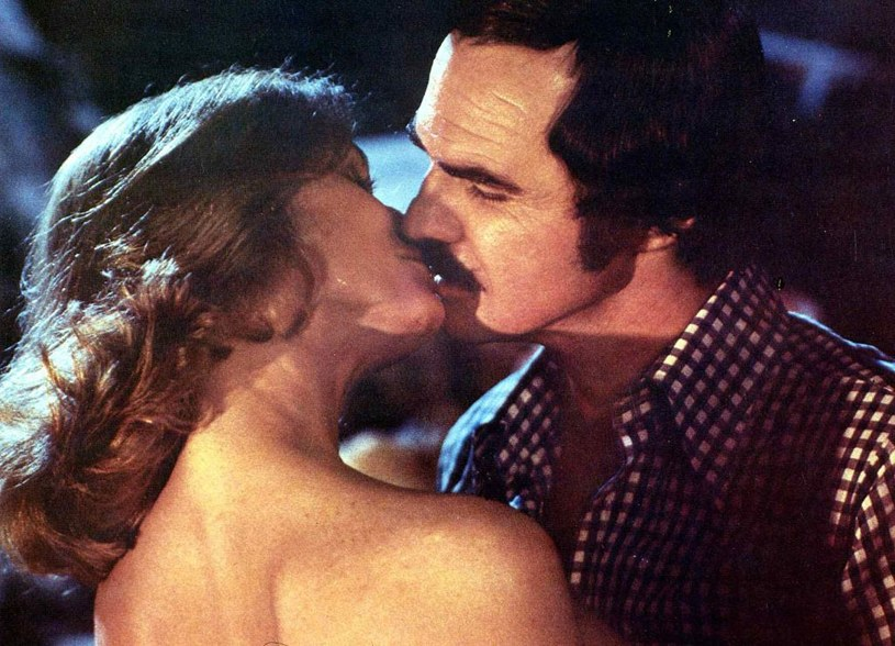 Burt Reynolds i Lauren Hutton na planie filmu Aligator /United Archives / Contributor /Getty Images