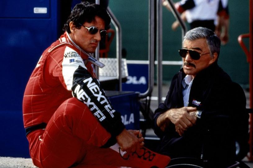 """Burt Reynolds i Sylvester Stallone w obrazie """"Wyścig"""" (2001) /materiały dystrybutora"""