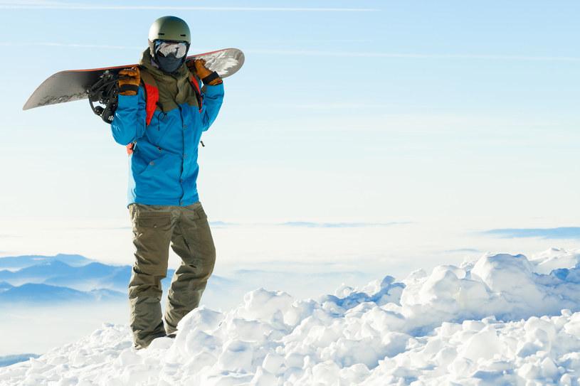 Burton Snow Park Jasna wyposażony jest w różnego typu skocznie, poręcze, platformy czy wzdłużnie osadzony wallride /123RF/PICSEL