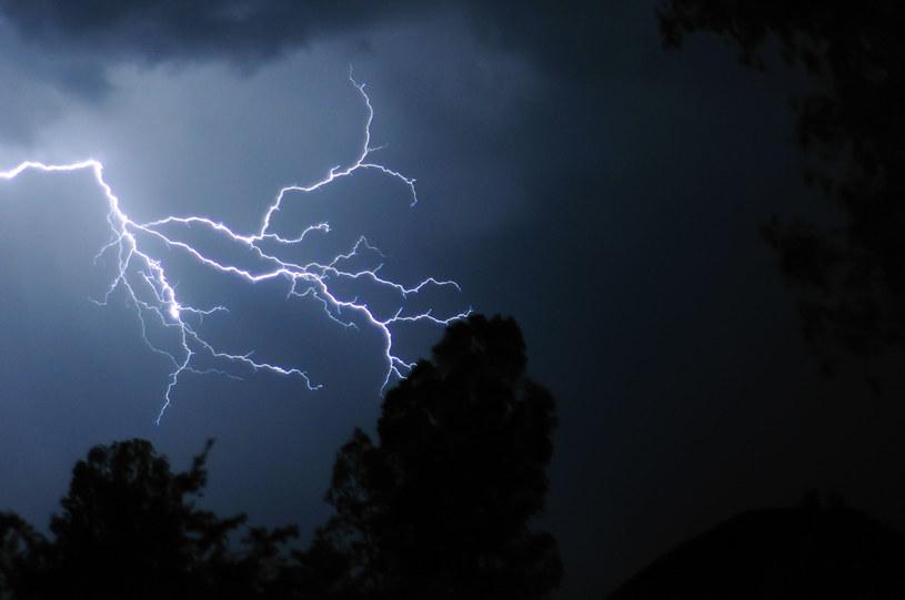 Burza może być śmiertelnie niebezpieczna /123RF/PICSEL