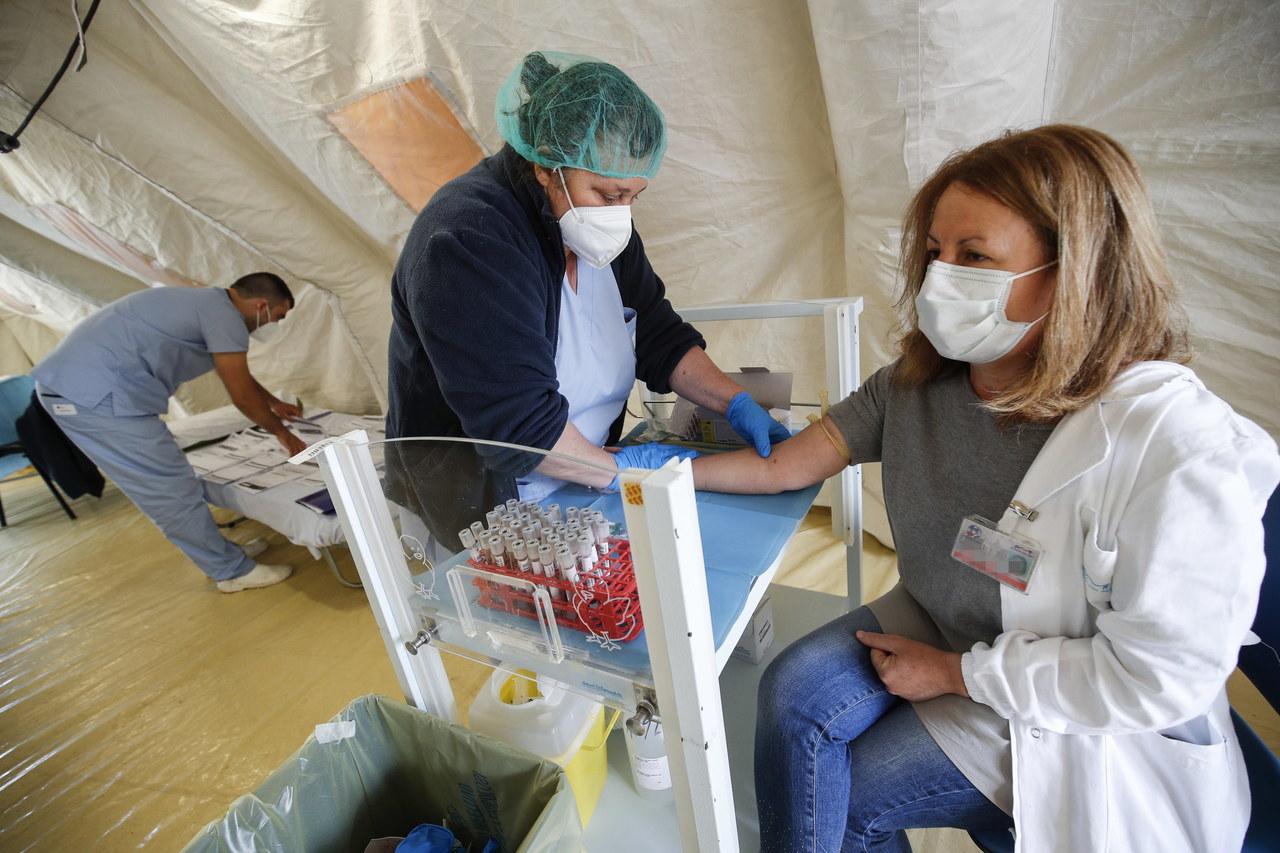 """Burza po słowach włoskiego lekarza: """"Koronawirus już nie istnieje"""""""