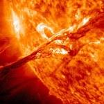 Burza słoneczna uderzyła w Ziemię - czy coś nam grozi?