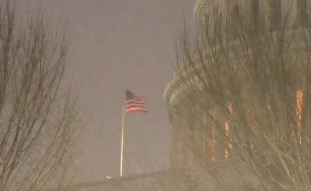 Burza śnieżna w Waszyngtonie. Padało nieprzerwanie przez 26 godzin