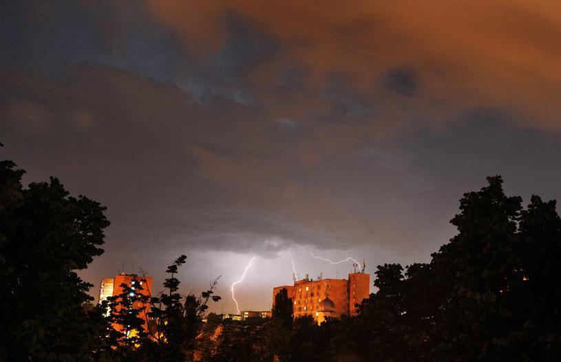 Burze będą szaleć nad Polską /AFP