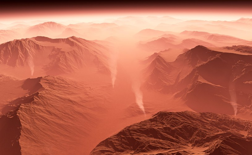Burze piaskowe na Marsie /123RF/PICSEL