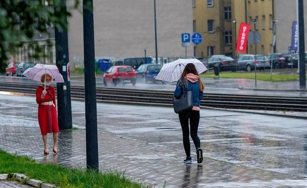 Burze, silny deszcz, możliwy grad. IMGW wydało ostrzeżenie