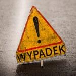 Bus zderzył się trzema autami w Łódzkiem. 2 osoby ranne
