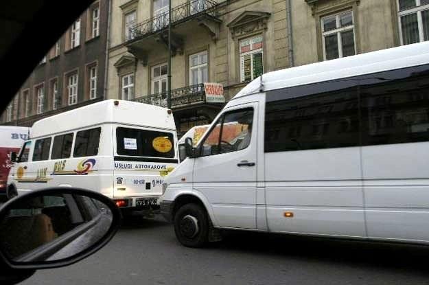 Busy znalazły się na cenzurowanym /INTERIA.PL