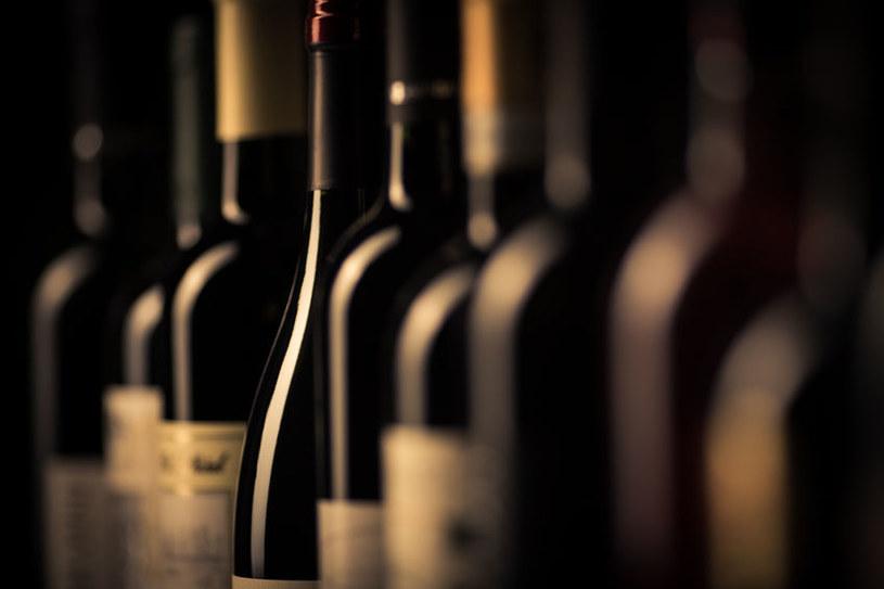 Butelki wina /©123RF/PICSEL