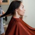Butterfly haircut najmodniejsze cięcie na jesień 2021