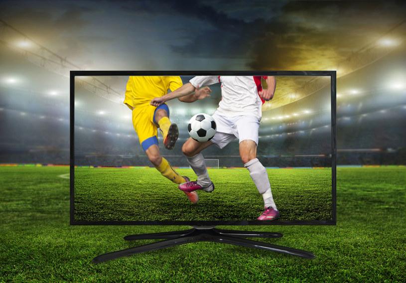 By oglądanie piłkarskich rozgrywek nabrało nowego wymiaru, konieczne jest odpowiednie nagłośnienie /123RF/PICSEL