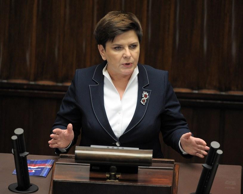Była premier Beata Szydło przyznała sobie nagrodę w wysokości ponad 65 tysięcy zł /Jan Bielecki /East News