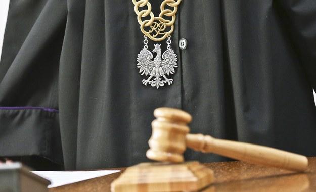 Była to pierwsza rozprawa przed Trybunałem Stanu w III Rzeczpospolitej /Piotr Jędzura /Reporter
