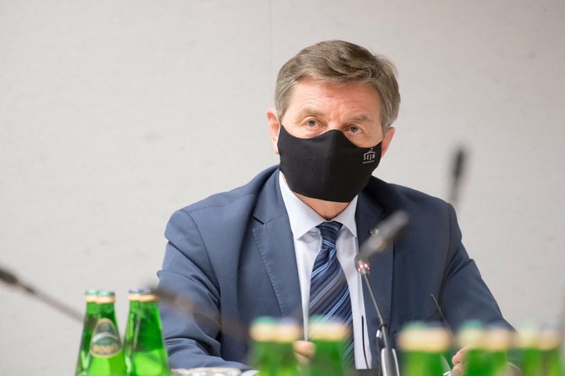 Były agent CBA miał oskarżać Marka Kuchcińskiego (na zdjęciu) o skandal obyczajowy /Wojciech Strozyk/ /Reporter