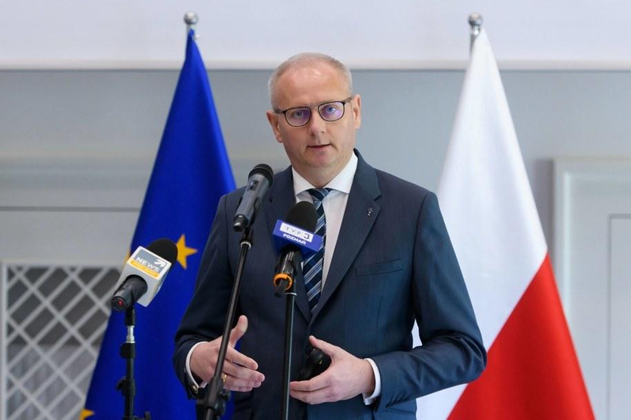 Były już wojewoda wielkopolski Łukasz Mikołajczyk /Jakub Kaczmarczyk /PAP