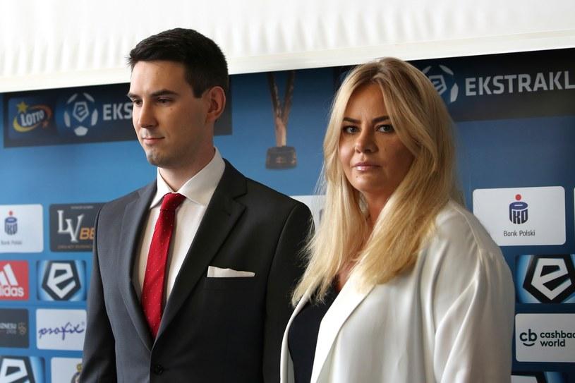 Były już zarząd Wisły SA: prezes  Marzena Sarapata z wiceprezesem Danielem Gołdą. /ANDRZEJ BANAS / POLSKA PRESS /East News