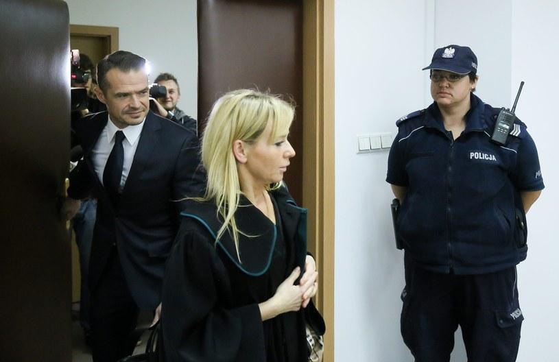 Były minister transportu poseł Sławomir Nowak i adwokat Małgorzata Dąbrowska-Kardas podczas procesu karnego posła /Paweł Supernak /PAP