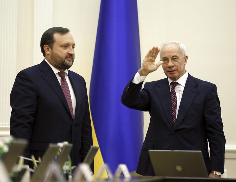 Były premier Ukrainy Mykoła Azarow i jego zastępca Serhij Arbuzow /AFP