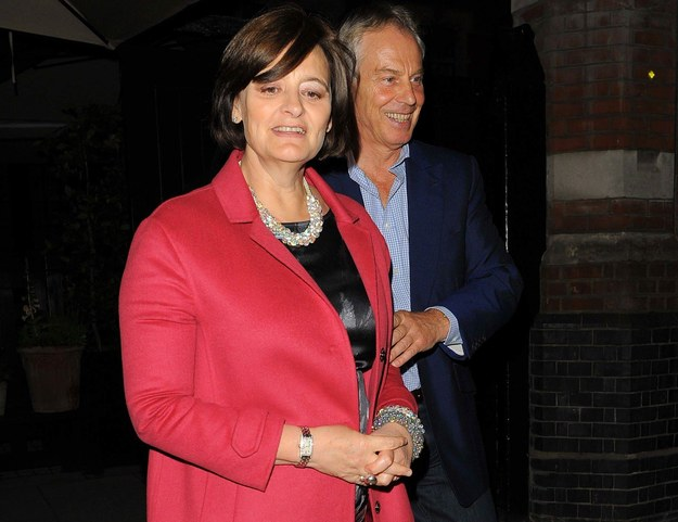 Były premier w ogniu krytyki. Zorganizował przyjęcie dla żony