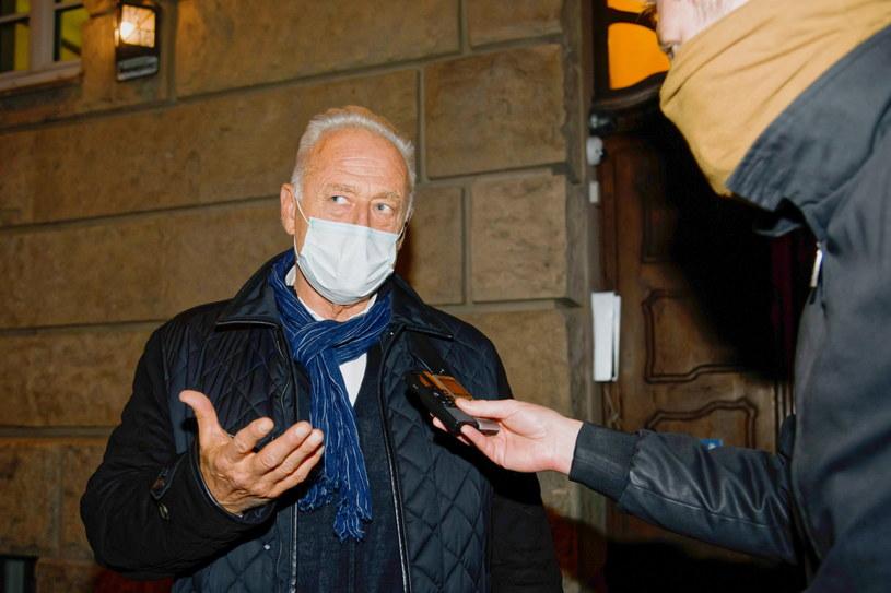 Były prezes Prokomu Ryszard Krauze wyszedł na wolność po posiedzeniu aresztowym z Sądu Rejonowego w Poznaniu /Jakub Kaczmarzyk /PAP