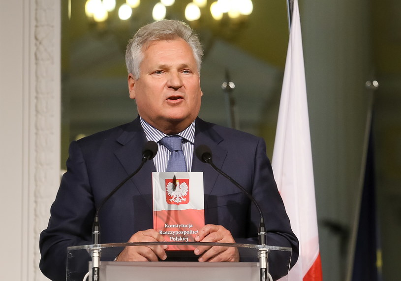 Były prezydent Aleksander Kwaśniewski /Paweł Supernak /PAP