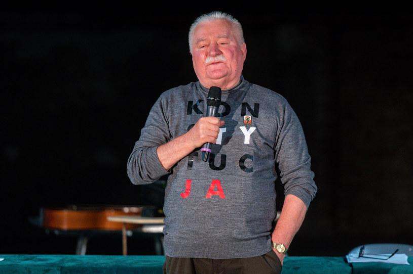 Były prezydent Lech Wałęsa /MATEUSZ SLODKOWSKI/FotoNews /Agencja FORUM