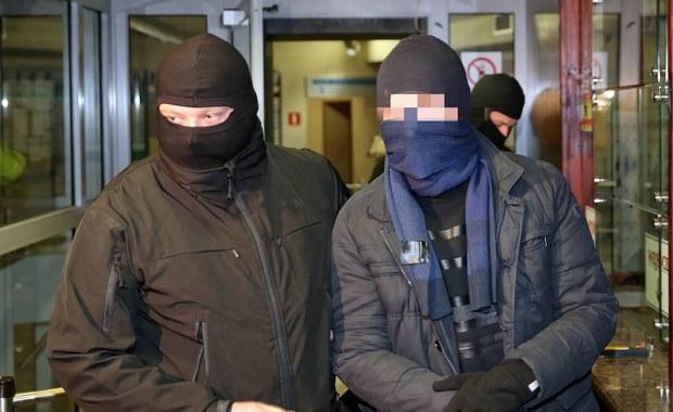 Były szef KNF w styczniu opuści areszt? Prokuratura zaprzecza słowom Glapińskiego