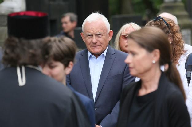 Były szef SLD Leszek Miller na pogrzebie Barbary Jaruzelskiej /Leszek Szymański /PAP