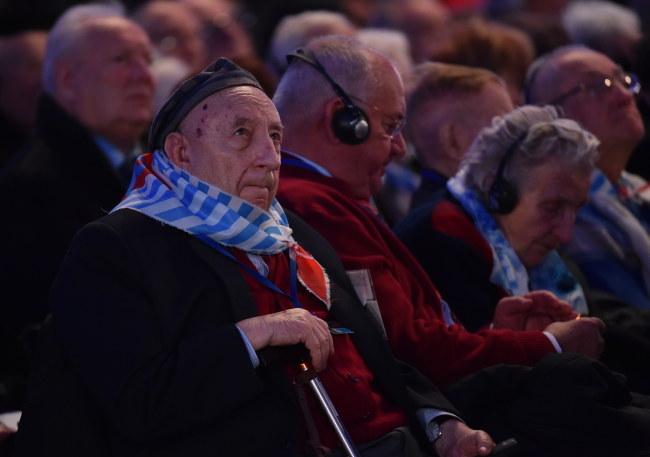 Były więzień Michał Habas, 27 bm. podczas głównej ceremonii 70. rocznicy wyzwolenia nazistowskiego niemieckiego obozu koncentracyjnego i zagłady Auschwitz-Birkenau /PAP/Jacek Bednarczyk /PAP
