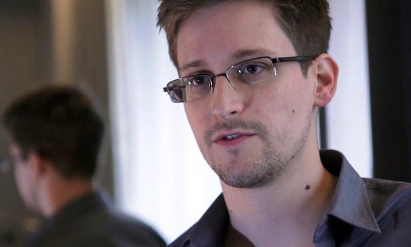 Były współpracownik Narodowej Agencji Bezpieczeństwa USA Edward Snowden /AFP