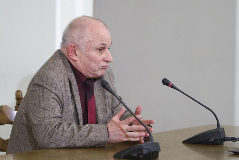 Były zastępca prokuratora okręgowego w Gdańsku Ryszard Paszkiewicz podczas przesłuchania przez sejmową komisję śledczą ds. Amber Gold /Rafał Guz   /PAP
