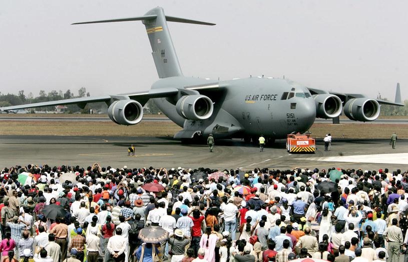 C-17 Globemaster podczas jednego z pokazów lotniczych /AFP