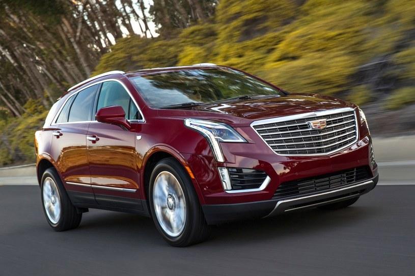 Cadillac XT5 /