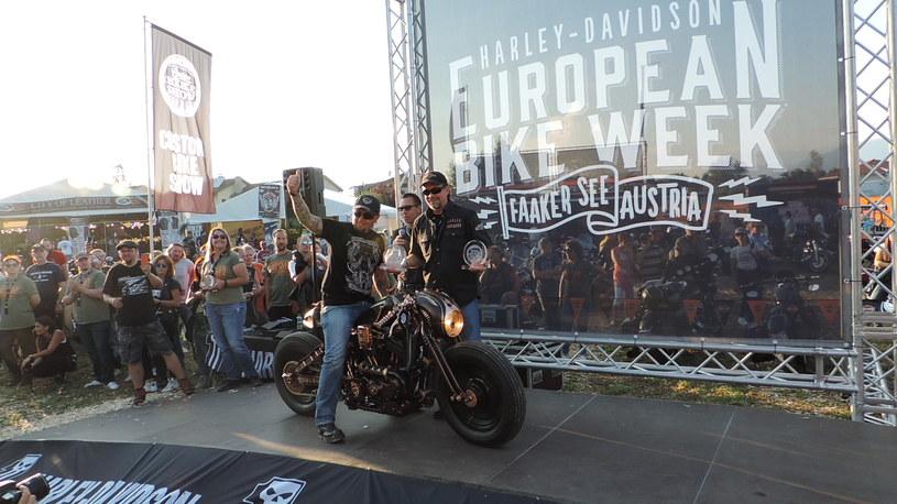 Cafe Racer (Harley-Davidson Sporster 883) /