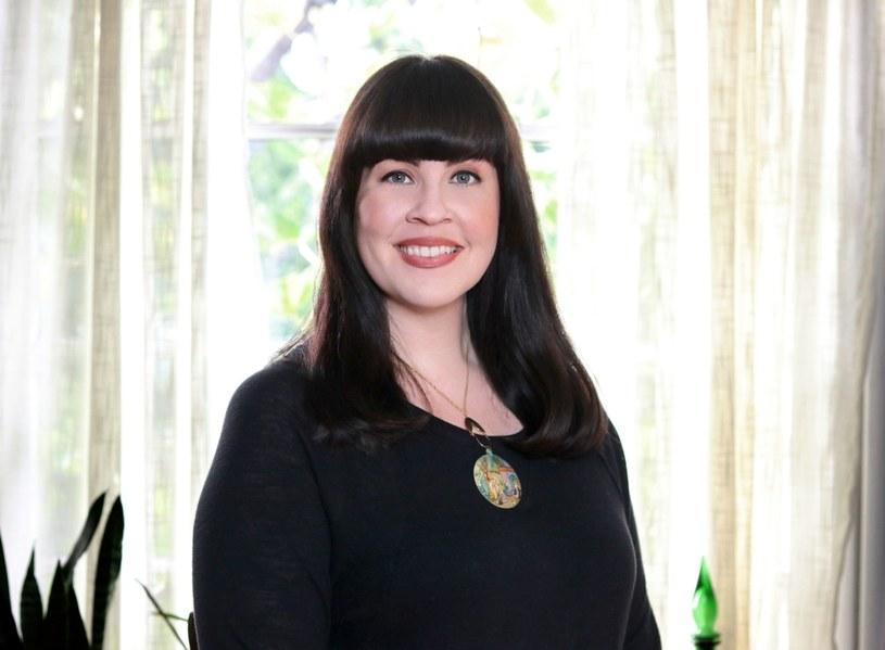 Caitlin Doughty jest właścicielką zakładu pogrzebowego, autorką książek i blogerką /materiały prasowe