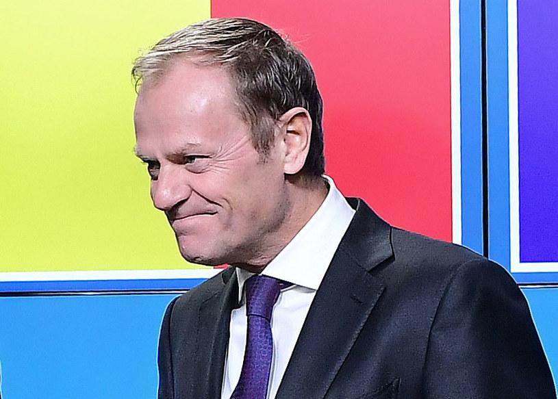 Cała Platforma Obywatelska życzy Donaldowi Tuskowi pozostania w Brukseli /EMMANUEL DUNAND /AFP
