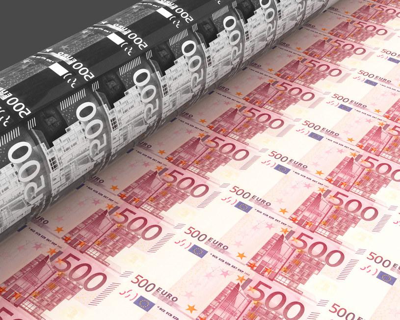 Całkowite zadłużenie Niemiec wzrasta do 2200 mld euro, co stanowi rekordowy poziom /123RF/PICSEL