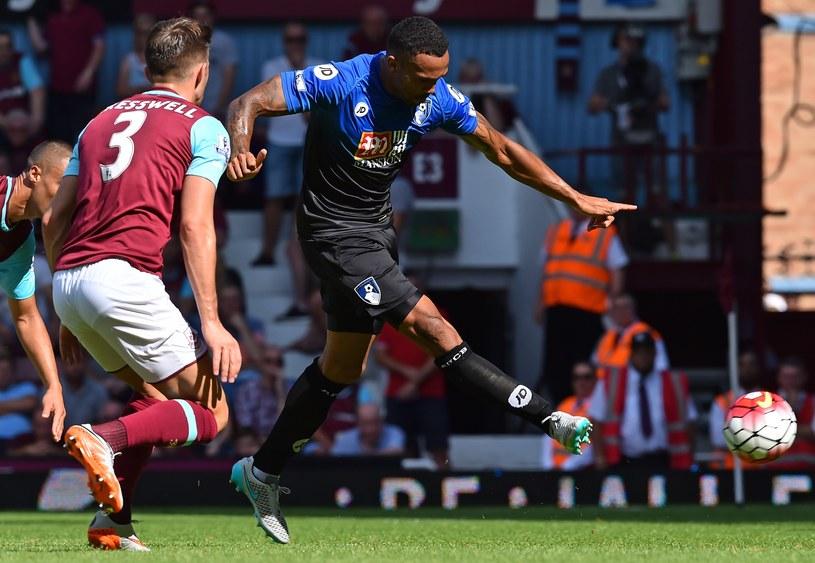 Callum Wilson strzela gola dla Bournemouth /AFP