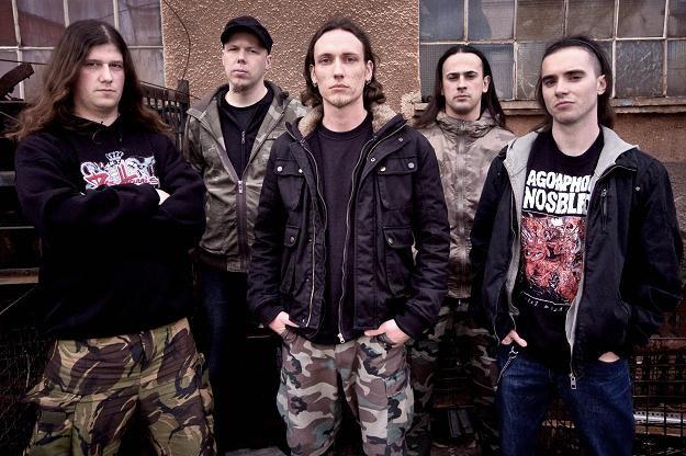 Calm Hatchery w grudniu 2010 roku wydali swoją drugą płytę /Oficjalna strona zespołu