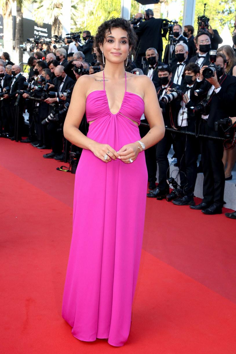 Camelia Jordana w różowej sukni /LAURENT LAURENT VU/SIPA /East News
