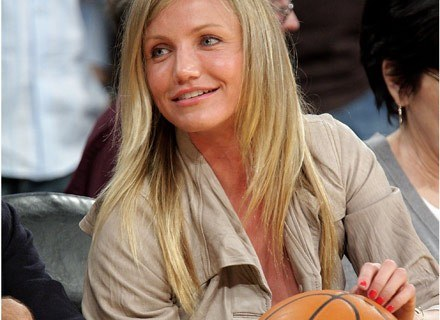 Cameron Diaz na meczu koszykówki /Getty Images/Flash Press Media
