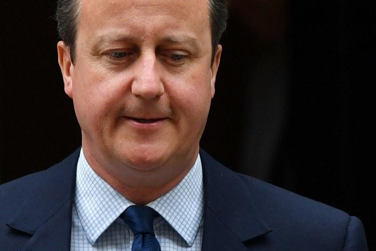 """""""Cameron przegrał swój urząd, Wielką Brytanię i Unię Europejską"""" /BEN STANSALL / AFP /AFP"""