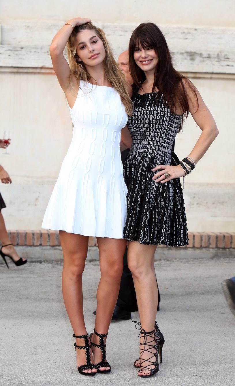 Camila Morrone z mamą /Elisabetta Villa /Getty Images