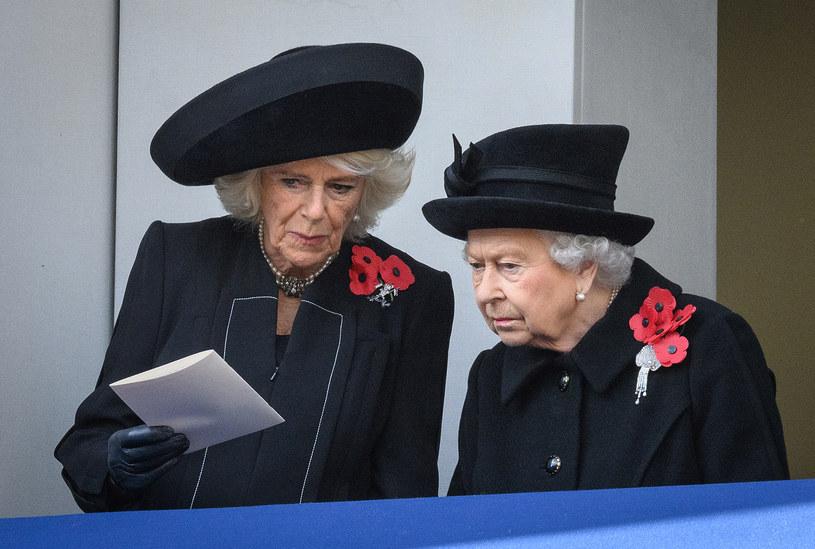 Camilla Parker-Bowles i królowa Elżbieta II /Leon Neal /Getty Images