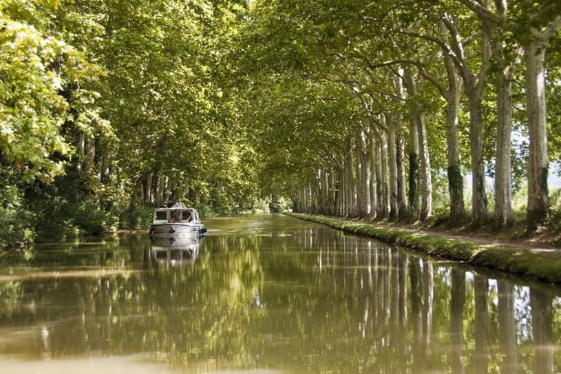 Canal du Midi w południowej Francji /123RF/PICSEL
